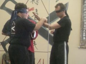 blind folded chi sao demo